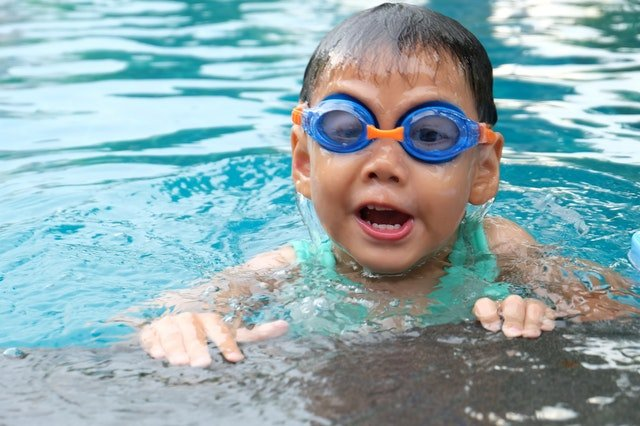 Protecting Your Teeth from Chlorine while Swimming